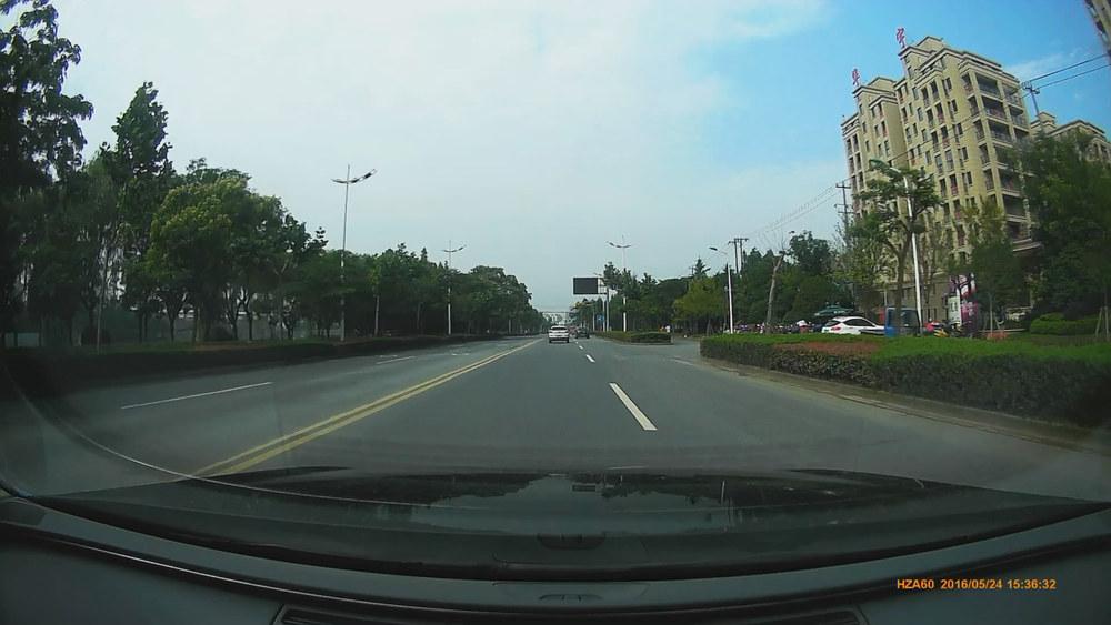 奥迪a6行车记录仪安装案例